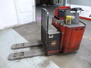 Raymond Powered Pallet Jack c/w 24V, Showing 3,491 Hours *Note: Parts Only, Does Not Run*