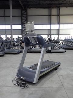 Precor TRM 800 Series 16.0Amp 1980W 120V Treadmill C/w 15in LCD Monitor And 20A Plugin. SN AMWZA24130025