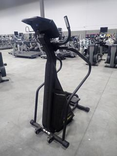 Stairmaster 4600CL Freeclimber Stepper. SN 1800003092927 *Note: Crack In Plastic, Working Condition Unknown*
