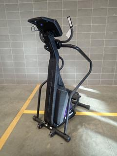 Stairmaster 4600CL Freeclimber Stepper. SN 18000020731006 *Note: Crack In Plastic On Bottom, This Item Is Located At 7103 68AVE NW- Location 2*