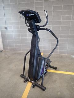 Stairmaster 4600CL Freeclimber Stepper. SN 18000020926014 *Note: This Item Is Located At 7103 68AVE NW- Location 2*