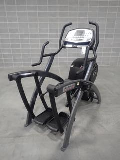 Cybex 600A 110/120V Arc Trainer. SN AAD1-05600A9514N16096 *Note: This Item Is Located At 7103 68AVE NW- Location 2*
