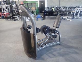 Matrix Hip Adduction Machine w/ 305lb Max Weight Cap. SN G2GM17A0503003