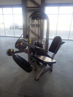 Matrix Seated Leg Curl Machine w/ 260lb Max Weight Cap. SN G2GM09A0603033D