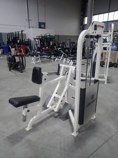 Life Fitness Seated Row Machine w/ 255lb Max Weight Cap