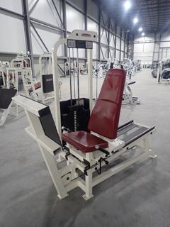 Life Fitness SL10 Seated Leg Press Machine w/ 395lb Max Weight Cap. SN 48003 *Note Small Cracks In Seat*
