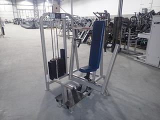 Life Fitness SU05 Chest Press Machine w/ Leg Assist And 255lb Max Weight Cap. SN 101271