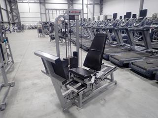 Life Fitness SL10 Seated Leg Press Machine w/ 395lb Max Weight Cap. SN 78874
