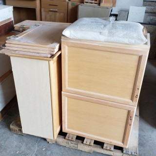 Qty Of Base Cabinets And Doors *Note: Doors Don't Open On Cabinet*