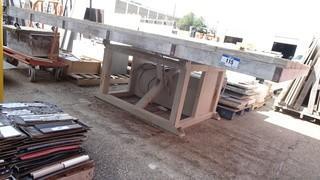 6'4 X 10' Hydraulic Adjustable Cutting Table