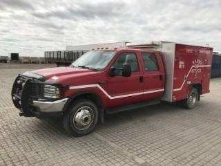 2002 Ford F550 4x4 Crew Cab Rescue Truck c/w 7.3L Diesel, Auto, A/C. Showing 53,130 Kms. S/N 1FDAW57FX2EA54269. County Unit Note:  There is a ten percent (10%) Buyers Premium with NO CAP on This Lot.