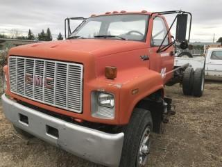 1990 GMC Top Kick C&C c/w V8. Not Running, Parts Only. S/N 1GDL7H1P3LJ608110.