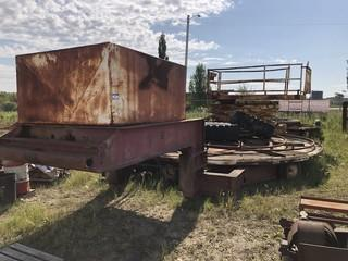 Gardner 43ft S/A Welding Support Trailer C/w Scissor Lift And (2) 18ft Turn Tables. *Note: No SN*
