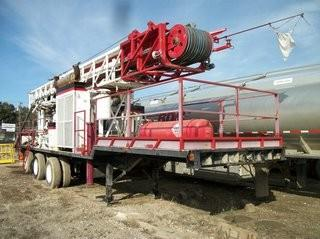 Unit 825: 1994 TH75 Mond Model 40-53 Tri-Axle Dual Wheel Commercial Trailer.  **LOCATED IN CARBON**