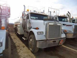 UNIT 807: 2001 Freightliner Model FLD120 single steer tandem drive rear axle Fuel Truck. Showing 685,209kms. VIN 1FVHAHCG41PK00755