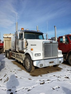 2016 Western Star 4900SE, S/N 5KVVAED16GPGS2515, 1147  KMS, 7773 Hours,DD15 Engine, 18 Speed, Double Diff Lock, 46in Sleeper, Wheel Base 236, Tires 11R24.5 Fronts at 70 Percent, Front Axles 13300,  Rears at 70 percent Rear Axles 46000, Air Ride Suspension, c/w TK Tripac Evolution, Omnitracs GPS, Posi Air, Tire Chains and Eberspauches Heater, *Note Add 33674 on dash*, *Glass Damaged*