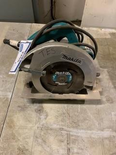 Makita 120V 7 1/4in Circular Saw