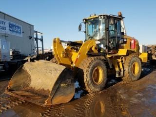 Unit 850: 2014 CAT 938K Wheel Loader C/w Q/C Bkt. SHOWING 11,658 hrs SN CAT0938KEXXT00436 *GRAPPLES AND FORKS SOLD ON DAY 5 AS LOTS 518,519 and 520*