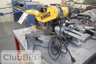 DeWalt DW718 Compound Mitre Saw.