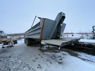 2001 Load Line Gravel Trail, Dual Wheel Tri Axle End Dump SN 2D9ED352511012542
