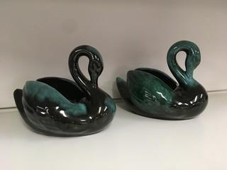 Lot of (2) Blue Mountain Pottery Swans.