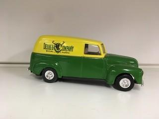 John Deere 1950 Panel Delivery Car Ertl Diecast Coin Bank.