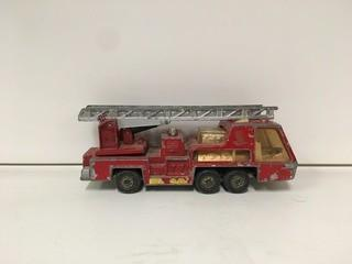Matchbox Super Kings K-9 Fire Tender 1972 Ladder Firetruck.