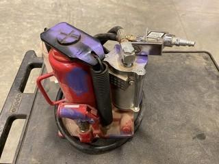 Motomaster 12 Ton Hydraulic / Pneumatic Jack, (W-1,1,2)