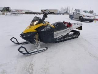 """2008 Ski Doo,  VIN 2BPSCP8EX8V000248, Summit 800, Must Run Pre-Mix Gas, Oil Injection Deleted, Digatron Controller, Power Sports Syncro Drive, Ice Scratchers, VELG Tunnel Support, 174"""" Track with 3"""" Paddles, c/w Jerry can, *Note: Unable to Verify Mileage*"""