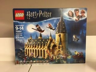 Lego Harry Potter Hogwarts Great Hall 878 Piece Set.