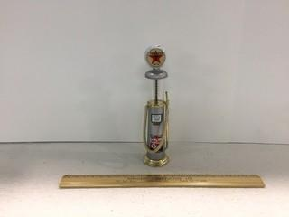 Texaco Gas Pump Diecast Model.