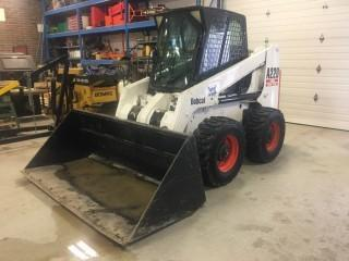 2002 Bobcat A220 All Wheel Steer Skid Steer