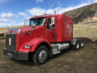 Selling Offsite - 2005 Kenworth T800 T/A Truck Tractor