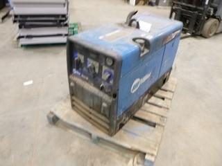 Miller Bobcat 250 Welder / Generator, S/N LF351991, CC/CV, AC/DC, 10,000 Watt