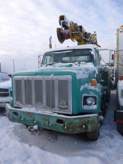 1992 International Digger Derrick Truck, 18701 Hrs C/w Simon Telelect Commandor 5000 Boom S/N 58350DZ, Driver Seat Missing, VIN 1HTGLA6R7NH443792. Unit 2033