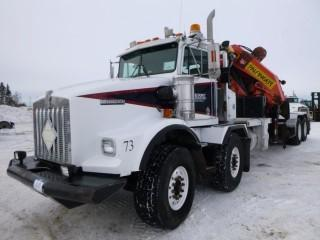 1997 Kenworth T800 T/A T/A Boom Truck, C/w CAT3406, 365HP Diesel, Hydraulic Tank and Palfinger Knuckleboom, Model PL7500E, S/N H9495350, Showing 316242.7 KMS, Showing 9687.5 Hours, VIN 1XKDPBEXXVR944670