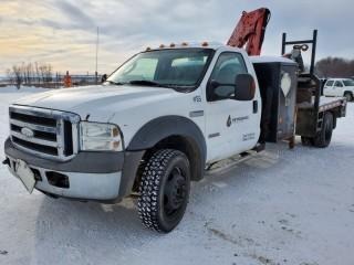 2005 Ford F-550 H.D.  Regular Cab 4x4 , 6.0 Litre Diesel , 6 Speed Manual Flat Deck, C/w  A/C, Fassi Picker, S/N 174 Model F60A.23, Showing 323126 KMS, Showing 9999.9 Hours VIN 1FDAF57P55EA00956