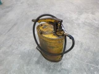 Alemite Tractor Oil and Grease Pump, Model 6521