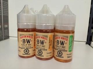 Lot of (12) Baker White Vape Juice Berry Blast, 40mg/ml Nicotine.