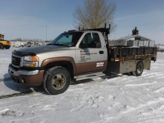 2003 GMC Sierra 3500HD Deck Truck