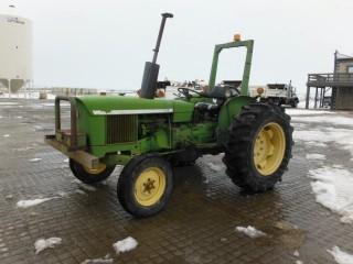 1974 J.D. 920 Tractor