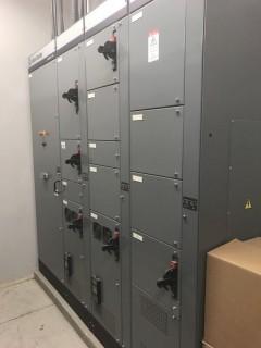 Allen Bradley IntelliCenter 4 Bank 800 AMP Control Center S/N LGQL 17/4.