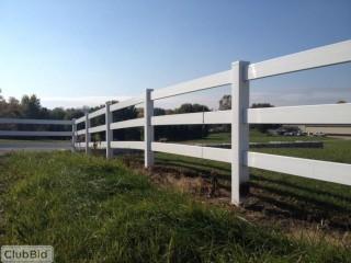 UNUSED 3-Rail Vinyl Ranch Fencing, 500 linear feet.