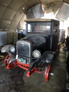 1928 International Pickup GX4 1316, C/w Stained Wood Box