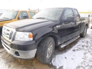 2007 Ford F150 XLT 4X4 Pick Up c/w 5.4L V8 Triton Engine, A/T, Tires LT275/70R18. Showing 312,741kms. VIN 1FTPX12V67FB46239
