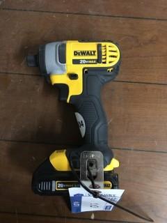 DeWalt Impact Drive & Drill Set 20V Max w/Battery & Charger.