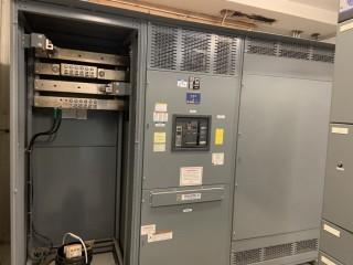 Square D Switchgear Unit s/n 304484490-001
