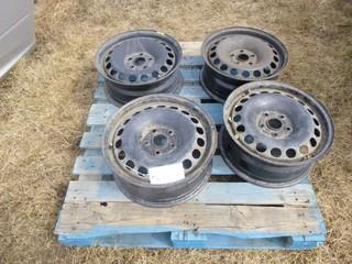 Qty Of (4) 17in Rims