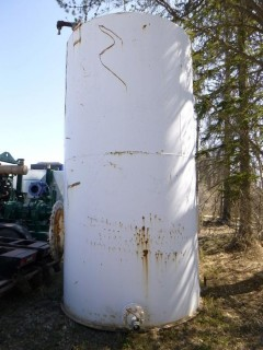 Approx 14Ft High And 6Ft Diameter Steel Tank