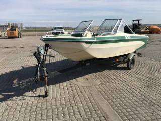 Glastron 15' Fiberglass Boat c/w 85 HP Outboard, S/A Trailer. Cannot Verify Serial Number.